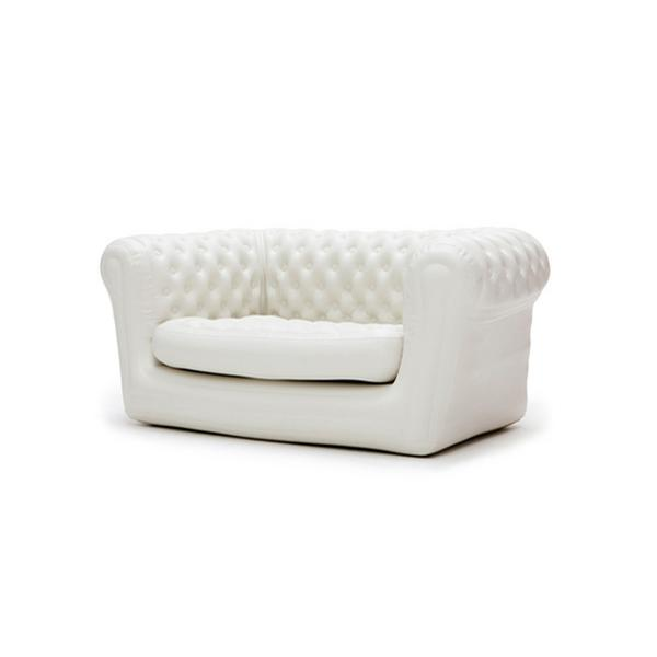 Location de canapé blanc chesterfield gonflable blofield 2 en Ile de France et Picardie.